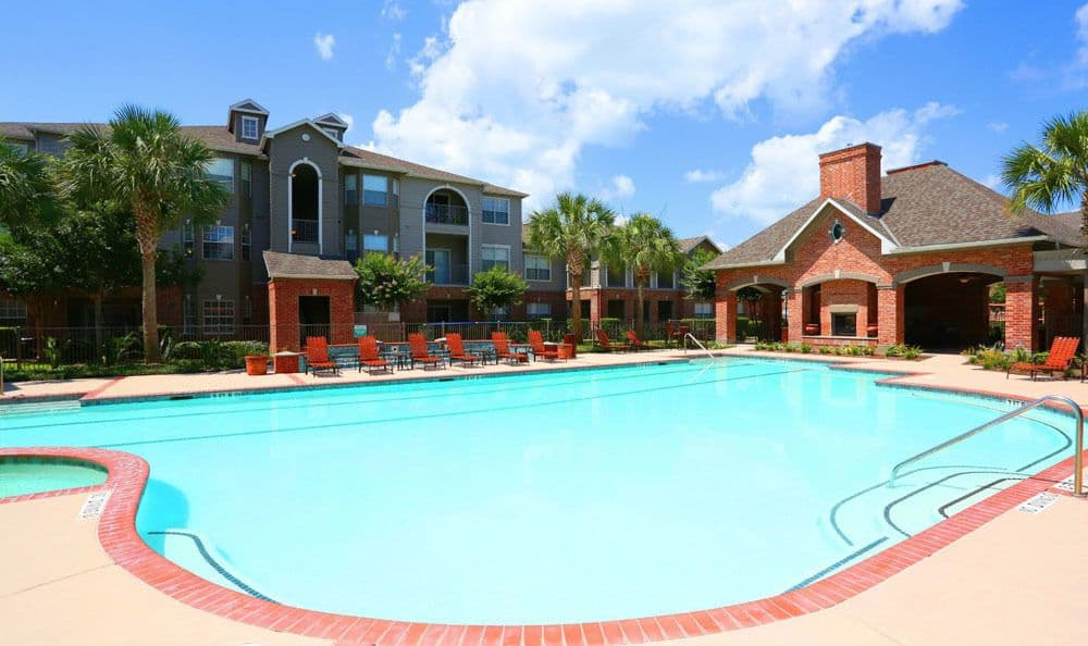 Clubhouse at Southwind at Silverlake Apartments in Pearland Texas