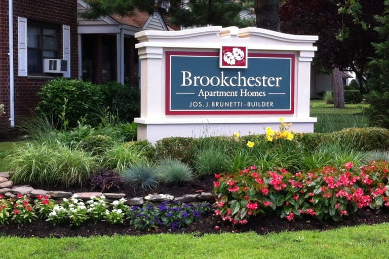 Signage at Brookchester Apartments
