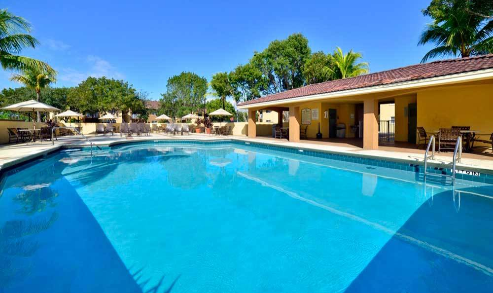 Beautiful pool at Fairway View Apartments in Hialeah.