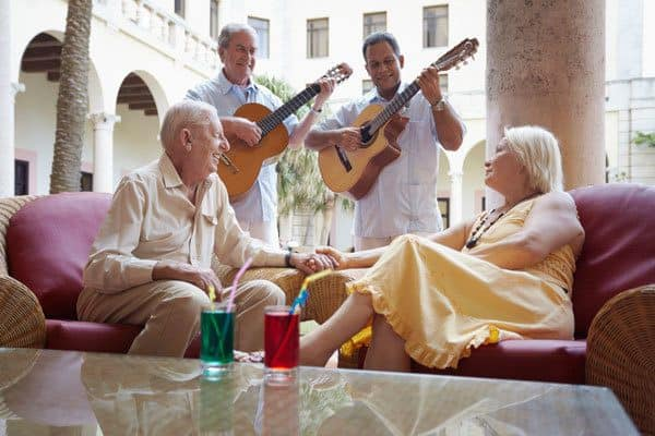 The Woodlands senior living provides great entertainment like live music