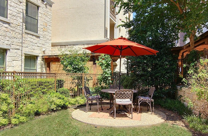 Many residents enjoy their morning coffee or tea in one of the many outdoor green spaces found here at Conservatory at North Austin.