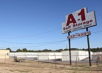 A-1 Self Storage Lufkin Sign
