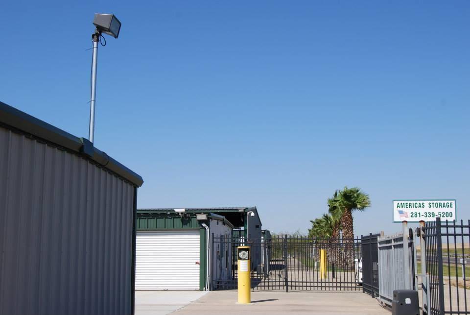 America's Storage Dickinson Gate