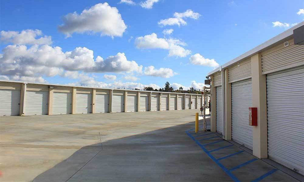 Large Self Storage Units In Temecula Drive Up Units