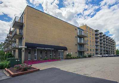 Exterior at Solon Club Apartments