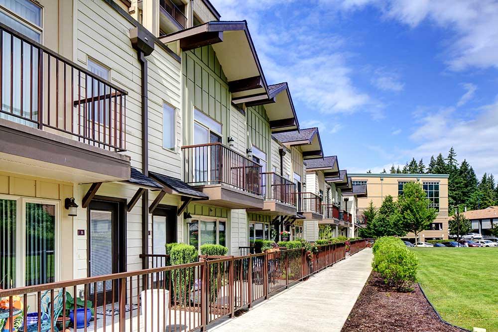 Walkways around Echo Lake Apartments