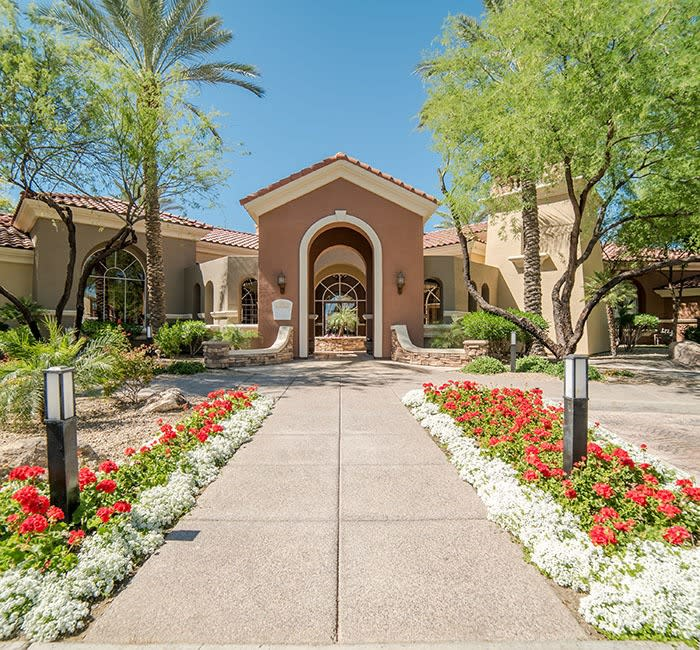 North Scottsdale Apartments