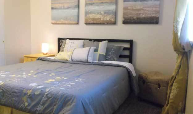 Bedroom at Aspen Apartments