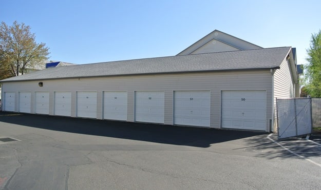 Garages available at Aspen Apartments