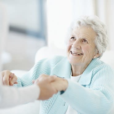 Personal care at Rambling Oaks Courtyard Extensive Care Community