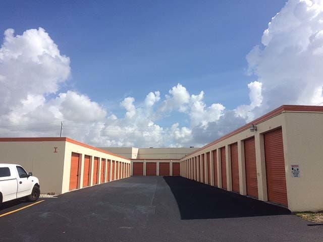 External view of Top Self Storage - North Lauderdale in Tamarac