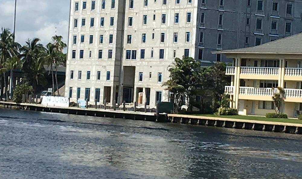 Water near senior living in Fort Lauderdale, FL