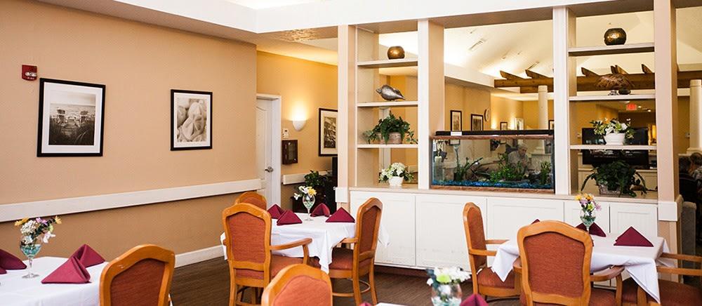 Fort Pierce senior living includes elegant dining.