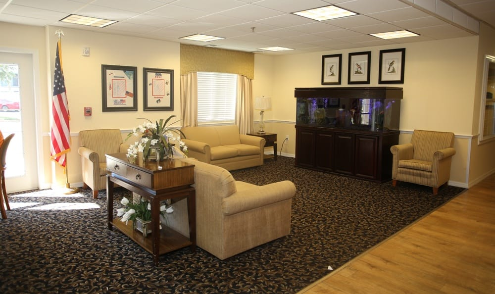 Cozy common area at senior living in St. Petersburg.