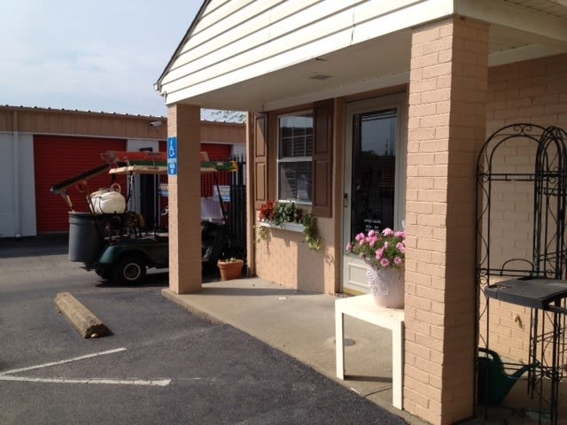 Welcome to our Virginia Beach self storage facility