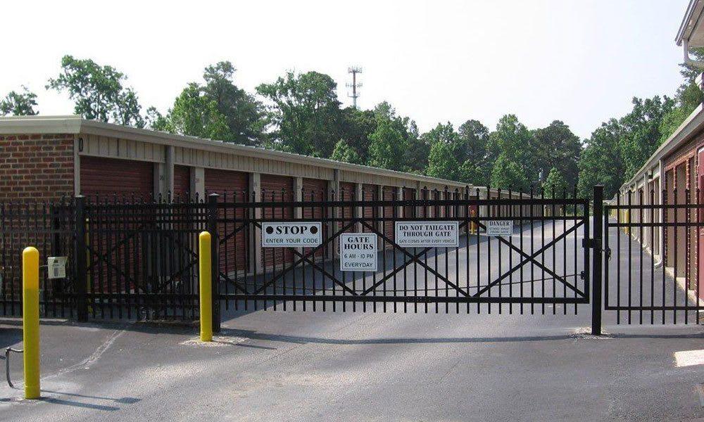 Secure self storage in Yorktown, VA