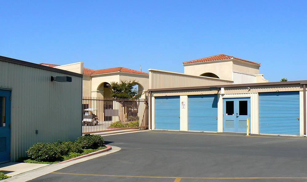 self storage in camarillo california gate