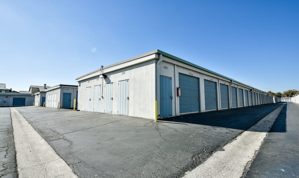 Multiple size drive up units at Channel Islands Self Storage in Port Hueneme, CA