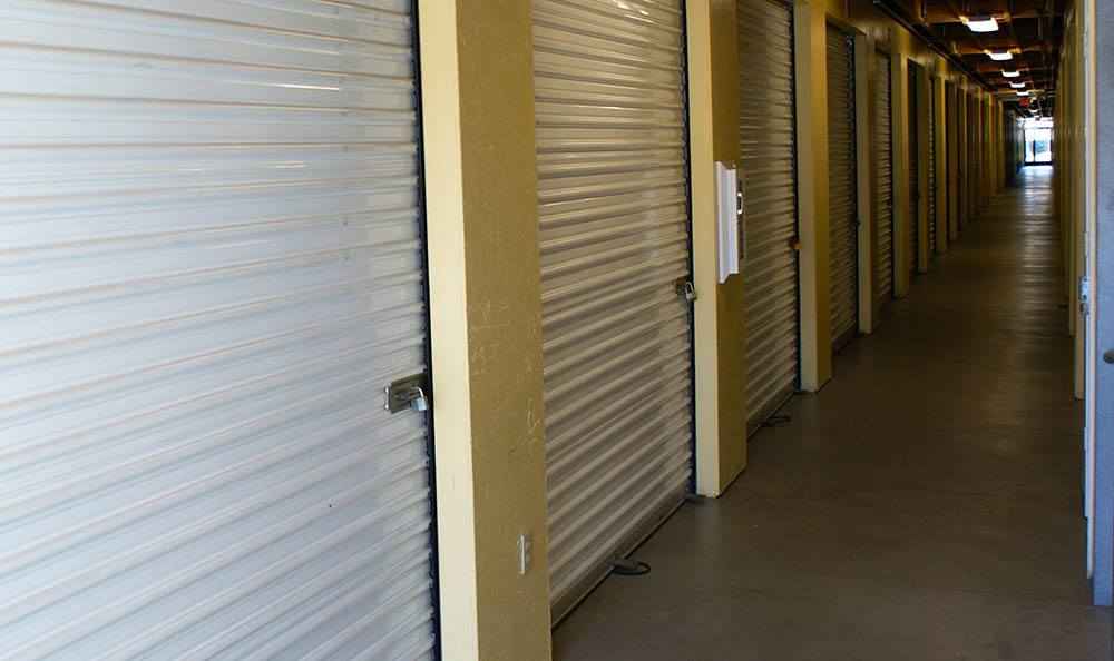 self storage in oxnard california interioir units