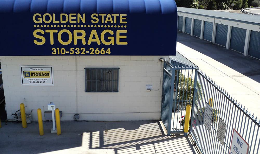 self storage in gardena california gate
