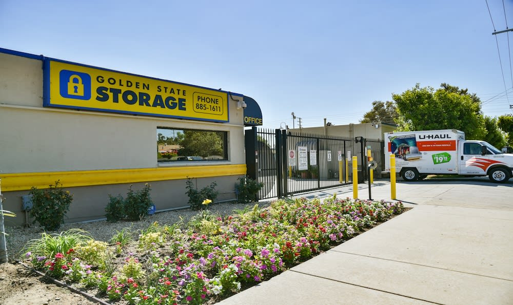 Golden State Storage facility in Northridge