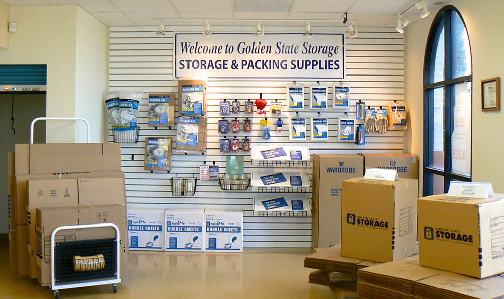 self storage in oxnard california with moving supplies