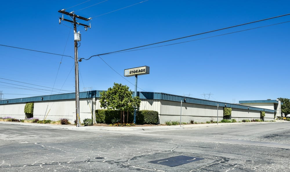 Street view of our storage facility on Oak Avenue in Santa Clarita