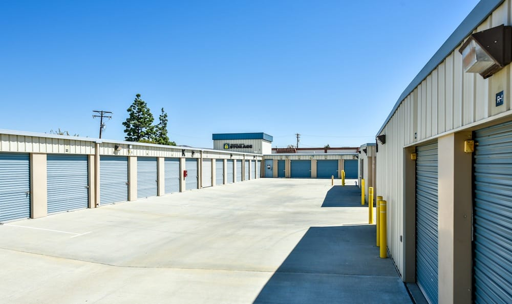 Easily accessible storage units at our facility on Oak Avenue in Santa Clarita