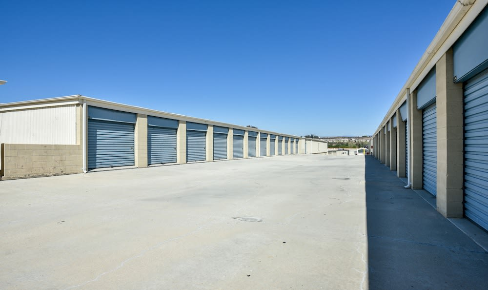 Drive Up Storage Units At Our Facility On Golden Triangle In Santa Clarita