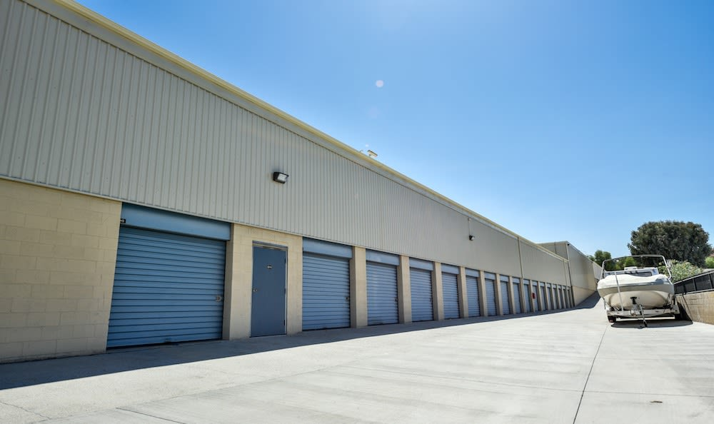 Drive up units and Boat storage at our facility on Golden Triangle in Santa Clarita