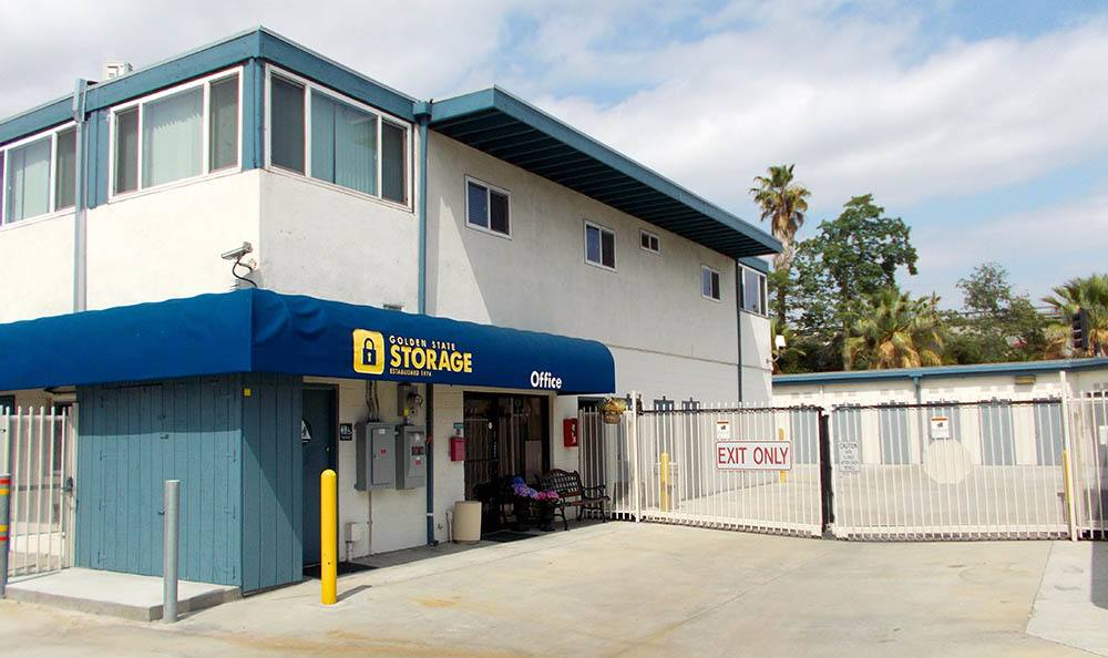 self storage in north hills california gate