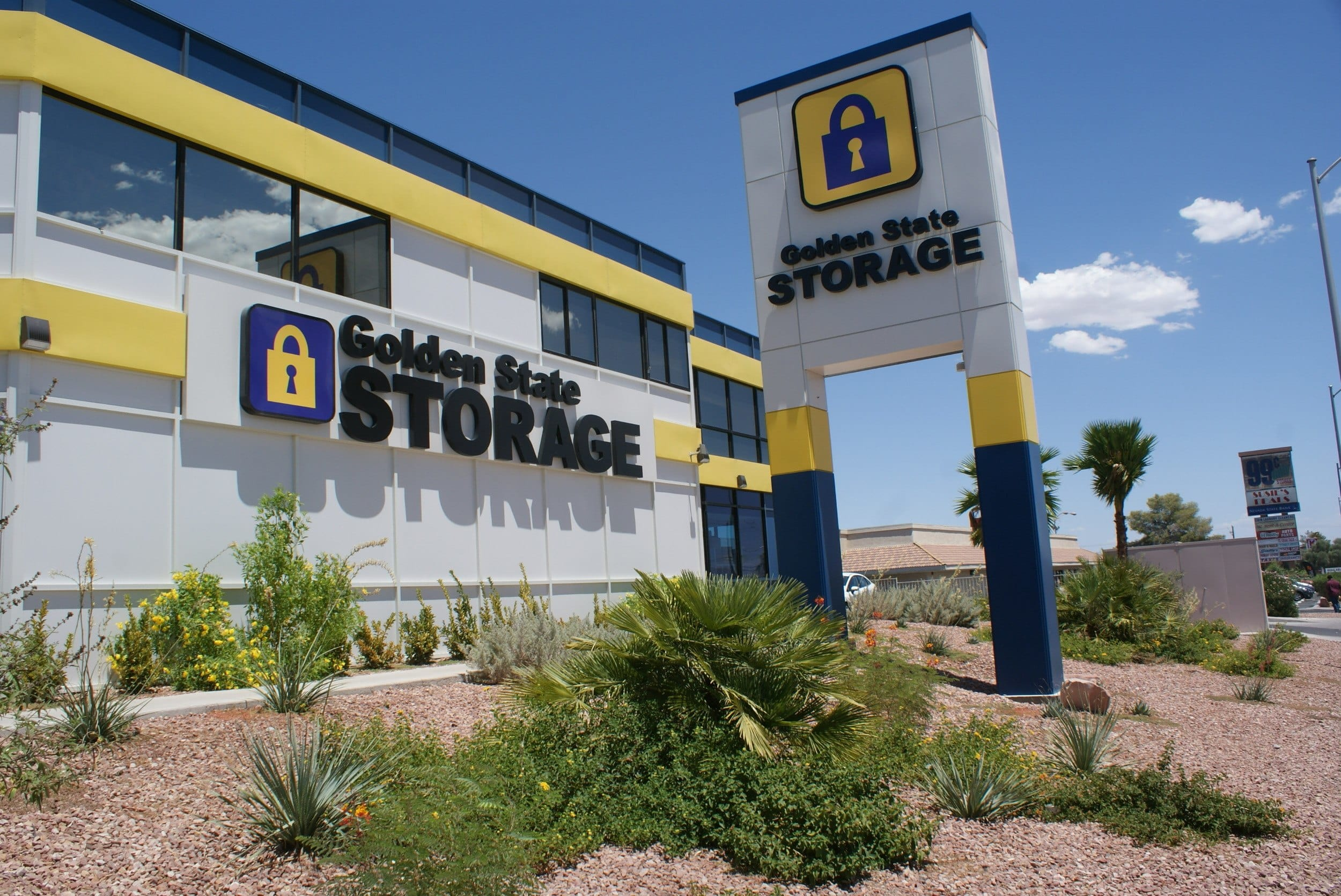self storage in las vegas nevada front of building