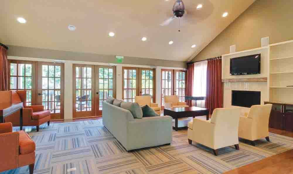 Common Area at The Residences at Vinings Mountain in Atlanta