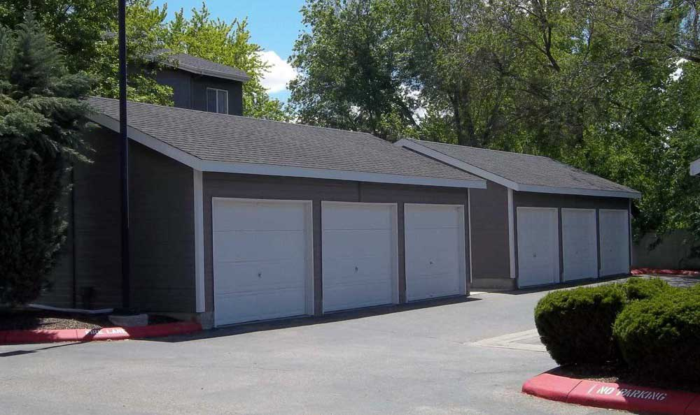 Exterior garages at Arbor Crossing Apartments in Boise, ID
