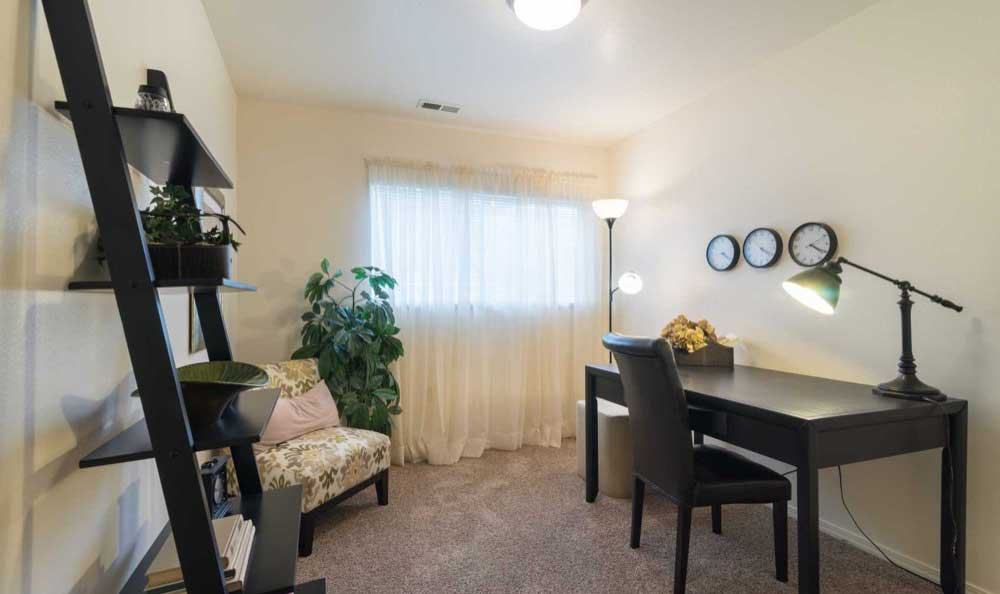 Comfort you can call home at Arbor Crossing Apartments in Boise, ID