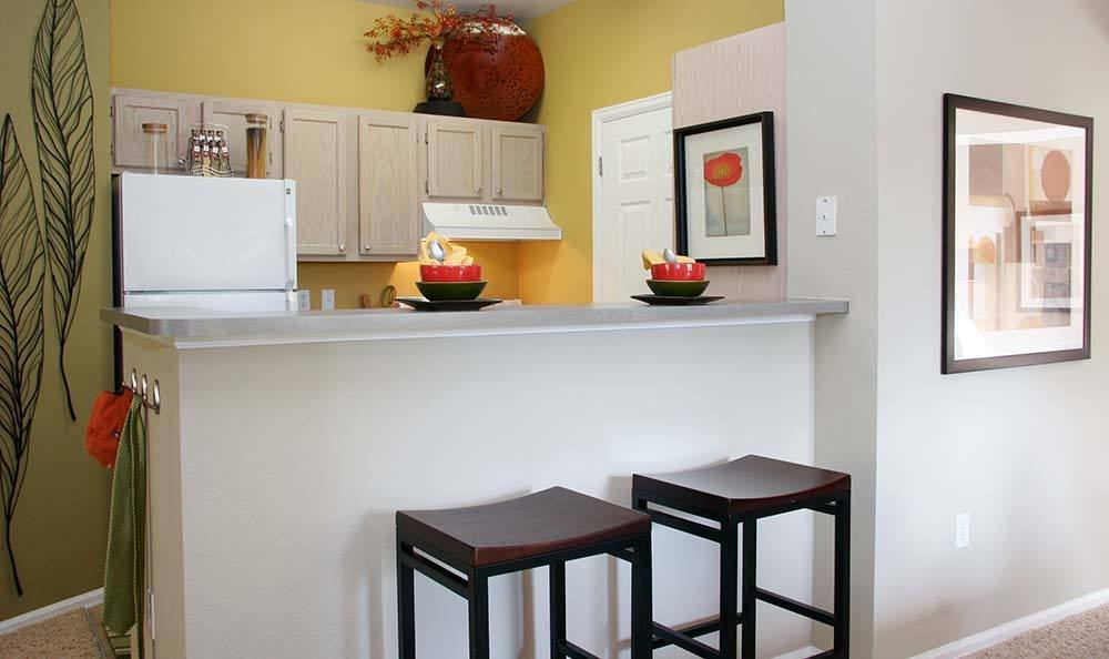Take advantage of the swanky breakfast bar at Covington Ridge.