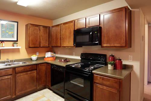 Kitchen inside of Meadowbrook Station Apartments