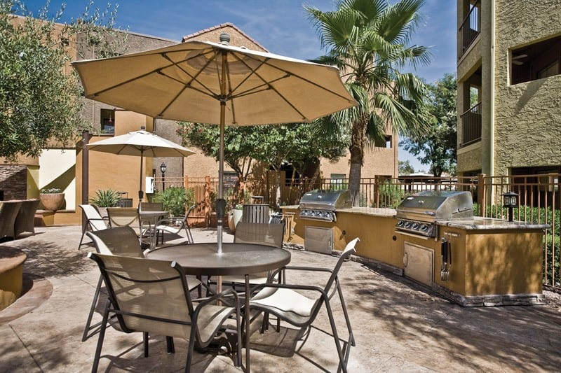 Greenspoint at Paradise Valley offers a great for entertaining bbq area in Phoenix, Arizona