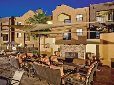 A bbq area that is great for entertaining at Greenspoint at Paradise Valley in Phoenix, Arizona