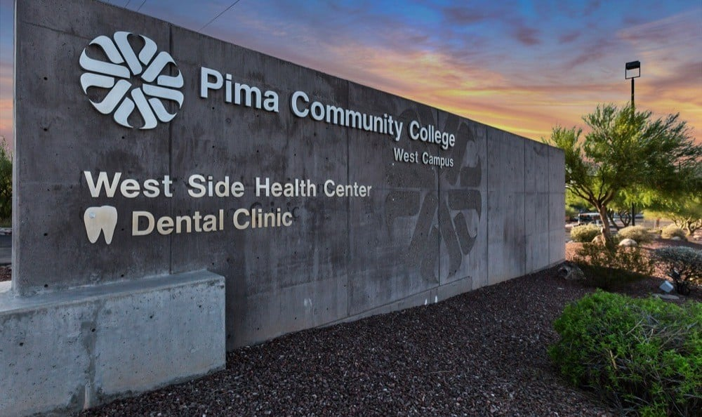 Community college dental clinic