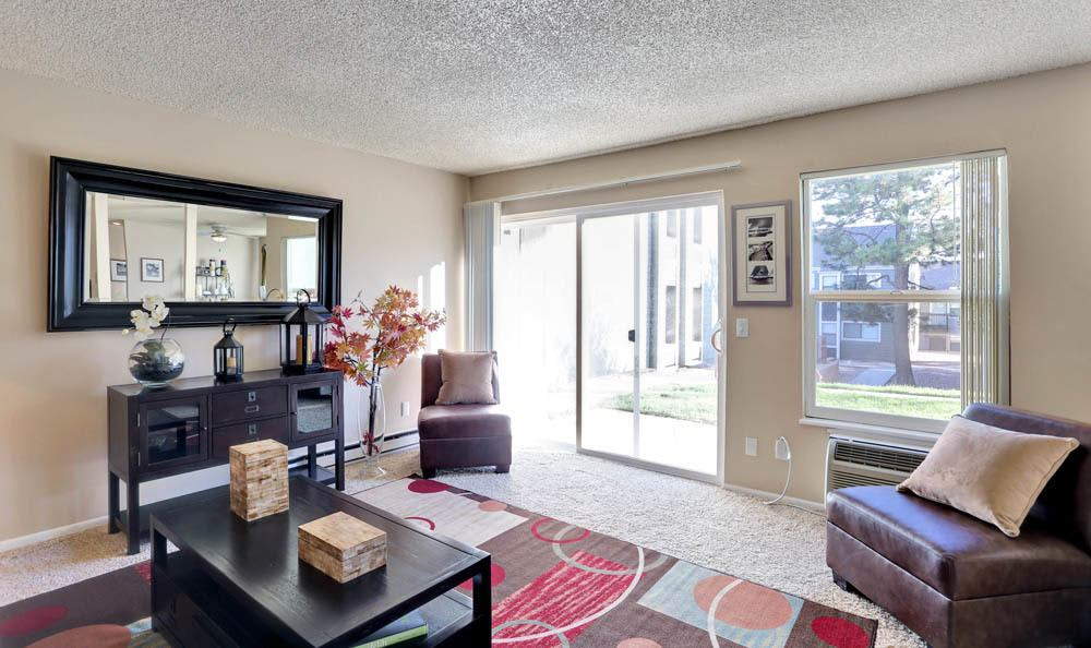 The Knolls at Sweetgrass Apartment Homes offers a luxury living room in Colorado Springs, Colorado