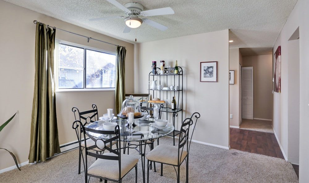 Dinning room at The Knolls at Sweetgrass Apartment Homes in Colorado Springs, Colorado