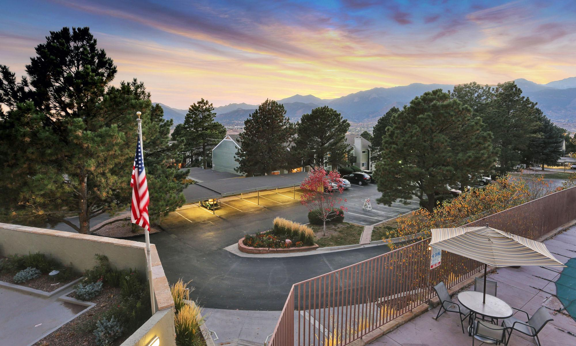 apartments at The Knolls at Sweetgrass Apartment Homes in Colorado Springs, CO