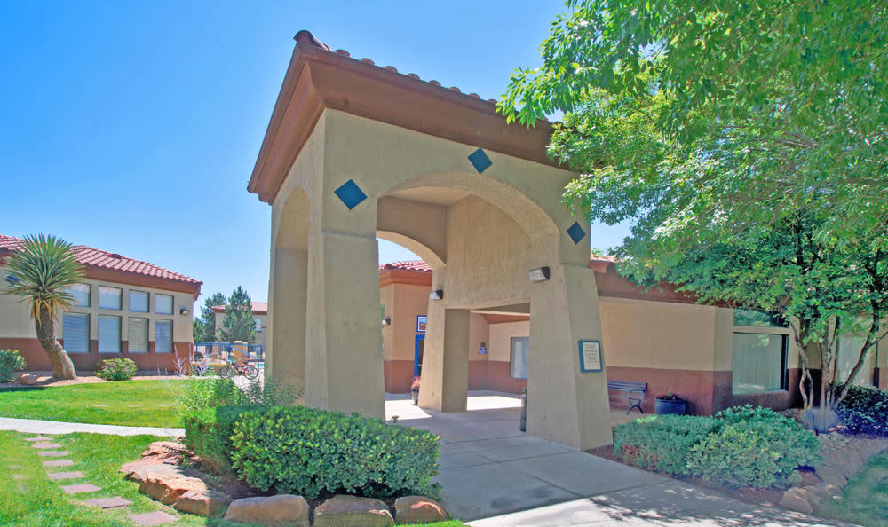 Entryway Apartments At Ventana Canyon Apartments In Albuquerque NM