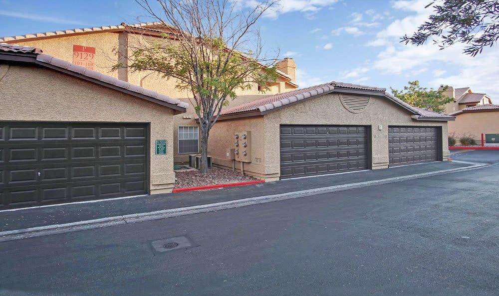 Garages at Village at Desert Lakes in Nevada