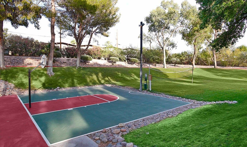 Basketball court at Arches at Oracle Apartments in Tucson, AZ