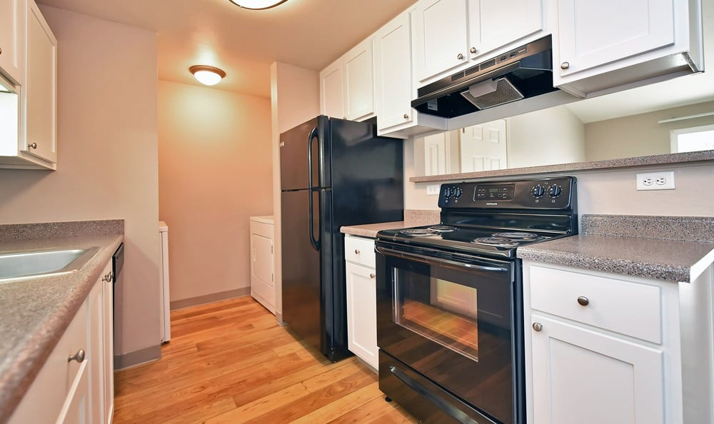 Maybeck at the Bend offers beautiful kitchens in Tigard, Oregon