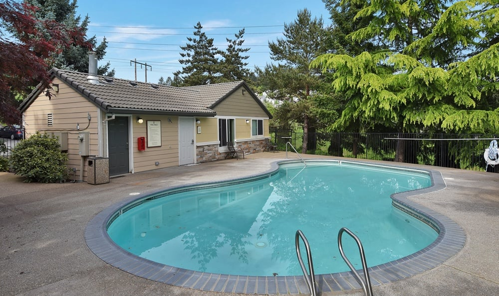 Swimming Pool At Maybeck at the Bend In Tigard OR