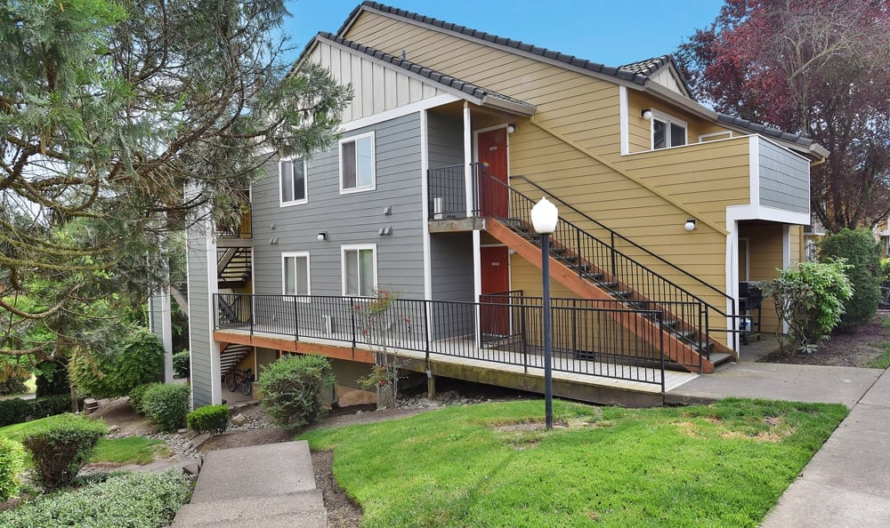 Apartments At Maybeck at the Bend In Tigard OR