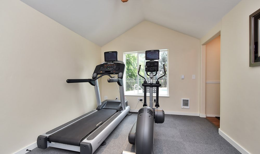 Fitness Center At Maybeck at the Bend In Tigard OR